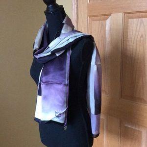 💯 % authentic MCM scarf